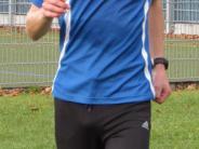 Leichtathletik: Mario Leser rennt allein voraus