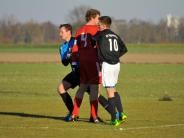 Fußball: Kreisklasse Nord 2: Viel Kampf und Fehlpässe, wenig Torchancen in Kicklingen