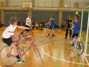 Radball: Mindelheimer Höhenflug auf dem Rad