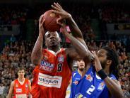 Basketball Ulm: Spitzenreiter Ulm fegt Jena aus der Arena.