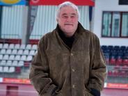 Fußball: Schroder führt nun die Rainer Kicker