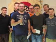 : Niederhofen: Kultsport findet Anklang