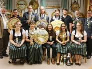 Hohenaltheim: Helmut Beck regiert die Karolinger