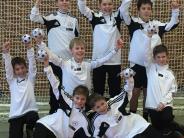 Jugendfußball: Stolze Nachwuchstalente