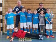 Hallenfußball: Nachwuchskicker werden für gute Leistungen belohnt