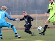 Fußball-Testspiele: TSV Wertingen lässt sich nicht überrumpeln