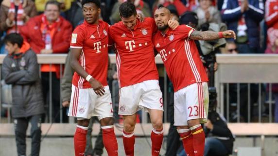 F: Bayern wie es trifft und tanzt