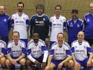 Hallen-Fußball: KSC stürzt den Titelverteidiger