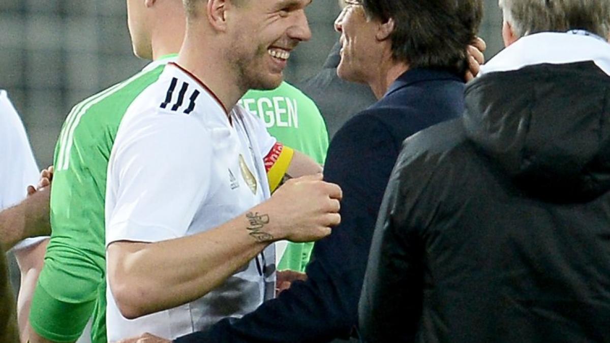 Deutschland-England-Bundestrainer-L-w-Besondere-Spieler-haben-einen-besonderen-Abschied-