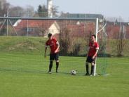 Fußball: Mit dem Rücken zur Wand