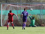 Fußball-Bezirksliga: Adelzhausen muss sich strecken