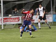 Fußball-Bezirksliga: Bärenstarke Hollenbacher laufen Meitingern davon