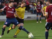 Fußball-Bezirksliga: Hollenbach spielt, Adelzhausen pausiert