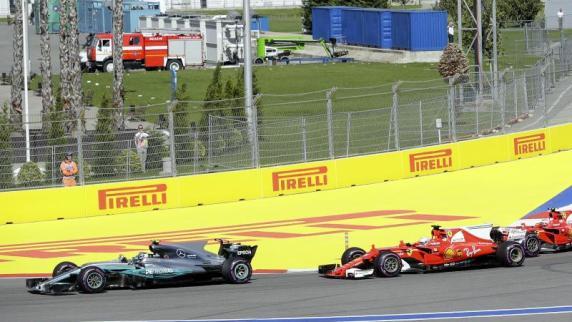 Formel 1: Vettel und Ferrari auch im dritten Training vorn