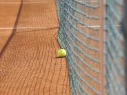 Tennis III: Hingst und Heidinger sichern den Sieg