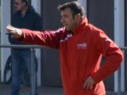 Fußball, Kreisliga: Der Dirigent bleibt an Bord