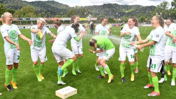 Trotz Niederlage: Wolfsburg gewinnt Meisterschaft in Frauenbundesliga