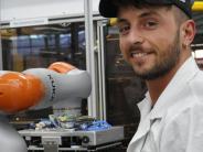 Wirtschaft: Der Roboter: Kollege oder Konkurrent?