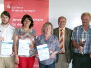 Siegerehrung: Pokal und 500 Euro gehen nach Reisensburg