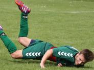 Fußball in der Nachbarschaft: Westendorfer Bauchlandung