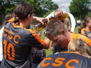 Frauenfußball: Feiern wie die Bayern
