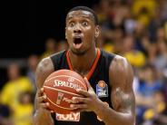 Play-offs: Basketballer machen große Augen