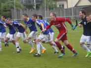 Fußball-Relegation: Erste Aufgabe souverän gelöst