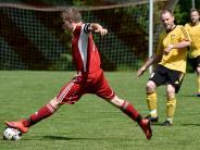 Fußball: Einen Schritt vom rettenden Ufer entfernt