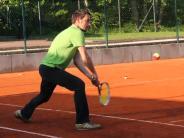 Tennis: Siegreifen das erste Mal zum Schläger