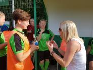 Frauenfußball: Gelungenes Abschiedsspiel für Trainergespann und Torjägerin