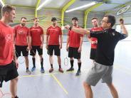 Augsburger Panther: Warum die Panther jetzt Badminton spielen