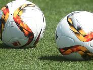 Fußball-Rückschau: Aufsteiger mischen ihre Klassen auf