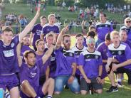 Relegation I: Freude in violett und weiß