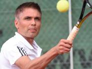 Tennis: Drei Teams an der Tabellenspitze
