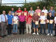 Fußball: Wenig Karten, viel Lob und Ehre