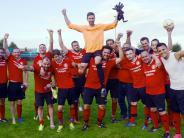 Fußball: SV Wagenhofen feiert Keeper Hudler