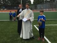 Fußball: Kleinspielfeld bei Jubiläum eingeweiht