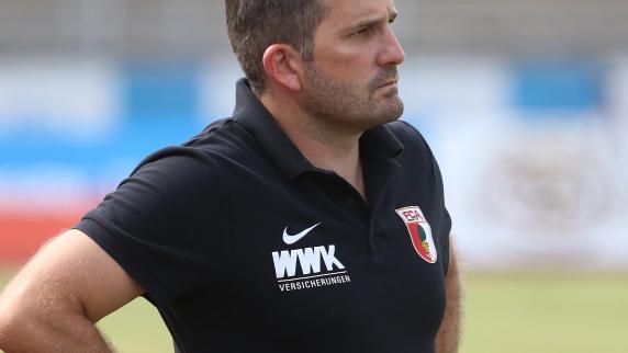 FC Augsburg: Auf Trainer Manuel Baum wartet noch viel Arbeit