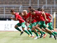 """FC Augsburg: FC Augsburg tritt mit """"frischen Beinen"""" zum Testspiel an"""