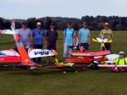 Wettbewerb: Modellflug-Club Burgau ermittelt besten Kunstflieger