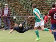 Fußball-Bezirksliga: Hollenbach kassiert Nackenschlag