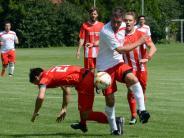 Fußball: Schmittner lindert das Debakel, aber nur geringfügig