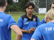 Fußball-Bezirksliga: Der Trainer muss wieder ran