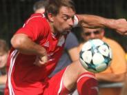 Fußball-Bezirksliga: Adelzhausen spielterstmals zu Null
