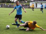 Fußball in der Nachbarschaft: Spätes Glück für den SC Biberbach