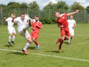 Fußball: Wer vorne nicht trifft…