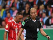 Bundesliga-Debüt: Steinhaus im Fokus - Stuttgart will Auswärtspunkte