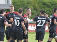 Fußball-Bezirksliga: Die Nachbarn treffen sich auf Augenhöhe wieder