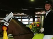 Reitsport: Kim Cronauer holt Dressur-Pokal