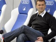 Fußball: Sitzt Manfred Paula in Berlin auf der Trainerbank?